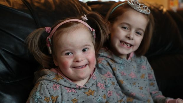 Réiltín Reid (4) pictured with her sister, Dearbhla (7). A scheduled chemotherapy appointment for Réiltín, who has been diagnosed with leukaemia, was cancelled at short notice this week. Photograph: Nick Bradshaw