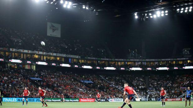 Finn Russell JJ Hanrahan scored 17 points during Munster's defeat in Paris. Photograph: Dan Sheridan/Inpho