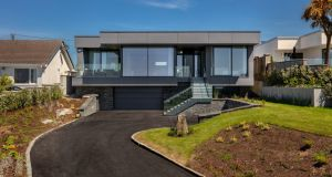 Contemporary home in Kinsale designed by raineyarchitects.com. Photograph: f22photography.ie