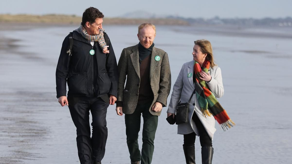 Miriam Lord: Greens take to the beach as signs emerge of a rising tide