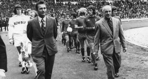 Brian Clough and Bill Shankly  lead out their teams at Wembley Stadium for the Charity Shield match between champions Leeds United and FA Cup winners Liverpool in 1974. Photograph: by Evening Standard/Getty Images)