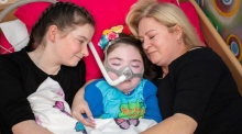 Woman had to fundraise to get palliative care for her daughter (6)