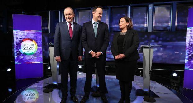 De gauche à droite: le leader du Fianna Fáil Micheál Martin, le leader du Fine Gael Leo Varadkar et le leader du Sinn Féin Mary Lou McDonald lors du débat final des leaders de la télévision dans les studios RTÉ. Photographie: Niall Carson / PA Wire