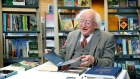 President Higgins donates his book collection to Dublin City Libraries