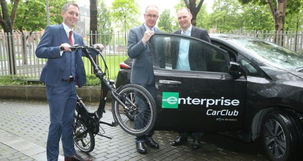 (L-R) Gary Killeen, Enterprise Rent-A-Car business mobility manager, Owen Keegan, chief executive of Dublin City Council, and George O'Connor, managing director of Enterprise Rent-A-Car Ireland.