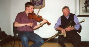 Liam O'Connor (left), director of ITMA playing, with Liam O'Flynn.