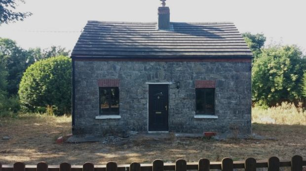 Two-bed cottage with an acre of land in Pallasgreen, Co Limerick