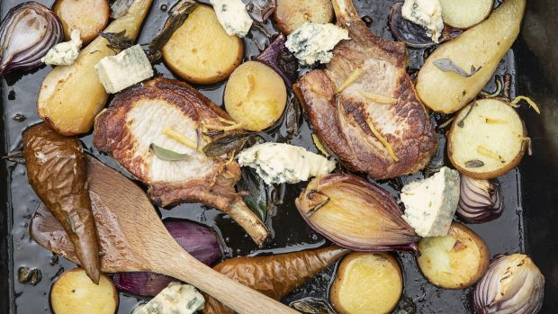 Pork chops with roasted pears, sage, onion and Gorgonzola.