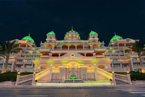 The Emerald Palace Kempinski Dubai (hotel) joins Tourism Ireland's Global Greening initiative, to celebrate the island of Ireland and St Patrick.
