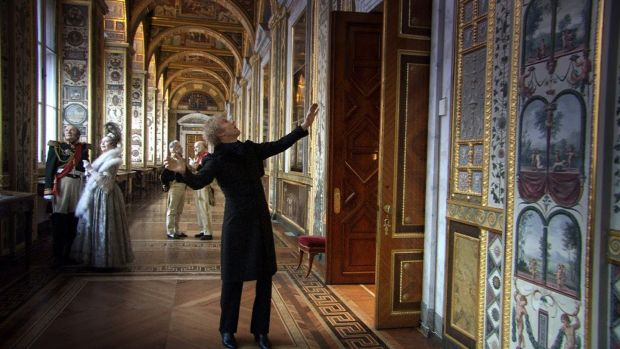 Russian Ark: Fluid camera movement and the anchored narrator makes for an engaging virtual tour.