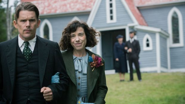 Ethan Hawke and Sally Hawkins in Maudie, directed by Aisling Walsh
