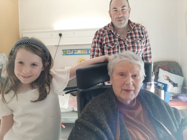 Rose Hegarty on Christmas Day with her grand-niece Freya Fogarty and nephew Sean Carrigan