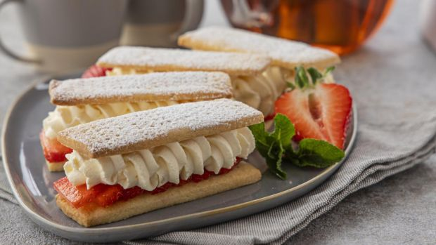 Strawberry Shortbread With Chantilly Cream