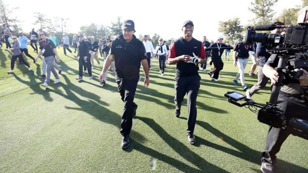 Woods et Mickelson ont disputé un match inaugural à Las Vegas il y a deux ans. Photo: Christian Petersen / Getty Images pour le match