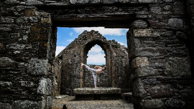 MMA fighter Brian Moore trains in Carrig-on-Bannow. Photo: Dan Sheridan/Inpho