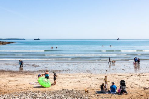 COSTA DEL CORK: Locals take advantage of the good weather to visit the beach in Fountainstown, Co Cork. Photograph: David Creedon/Anzenberger