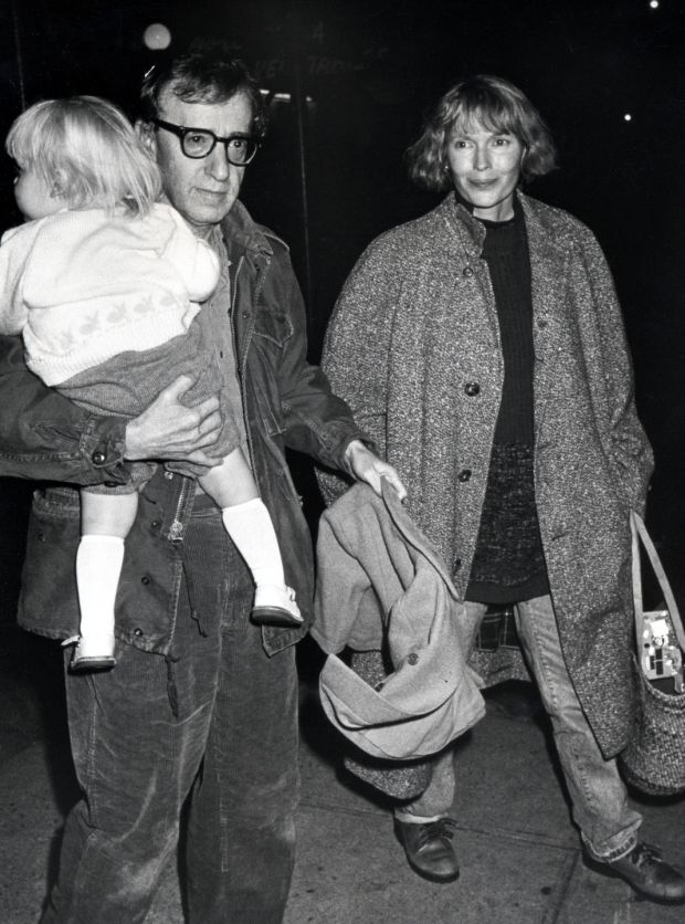 Woody Allen, their son Satchel (now Ronan), and Mia Farrow in 1989. File photogrpah: Ron Galella/Ron Galella Collection via Getty Images)