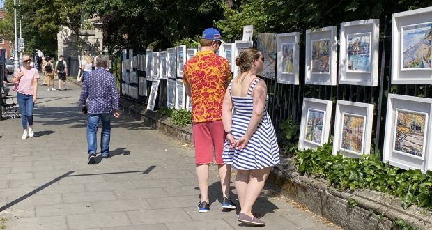 The Merrion Square Open-Air art gallery is now open each Sunday from 10am to 5pm.