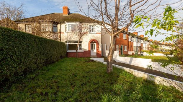What sold for 400k in Shankill, North Strand, Crumlin and