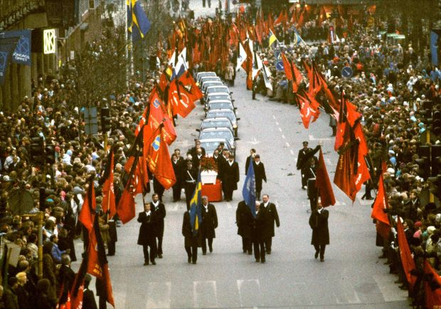 The funeral cortege of Olof Palme passes through Stockholm on March 26th, 1986. Photograph: TT News Agency/AFP via Getty