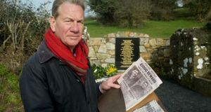 Michael Portillo with his creaking folder of British government documents pertaining to the War of Independence