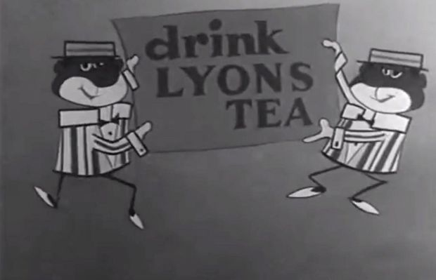 The Lyons Tea 'Minstrels', in an ad shown on Irish television