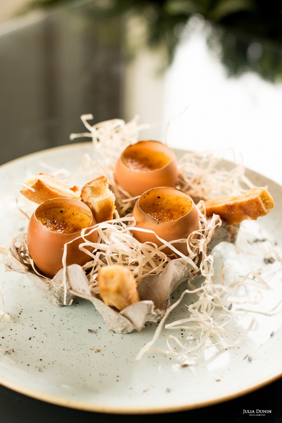Crème brûlée served in egg shells at The Lodge.