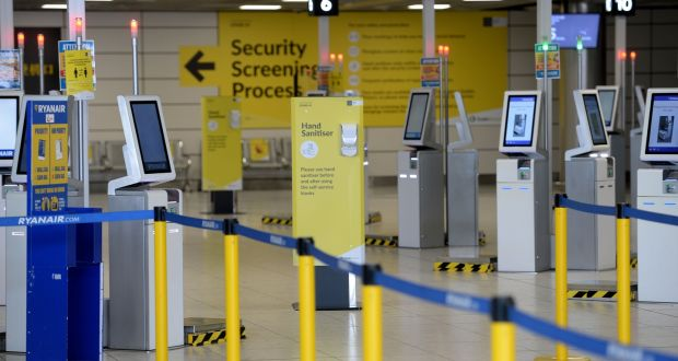 A Ryanair 4,5 millió utas szállítását várja el ebben a hónapban, mivel szerdánként napi 1000 járatot indít Európában. Fénykép: Alan Betson