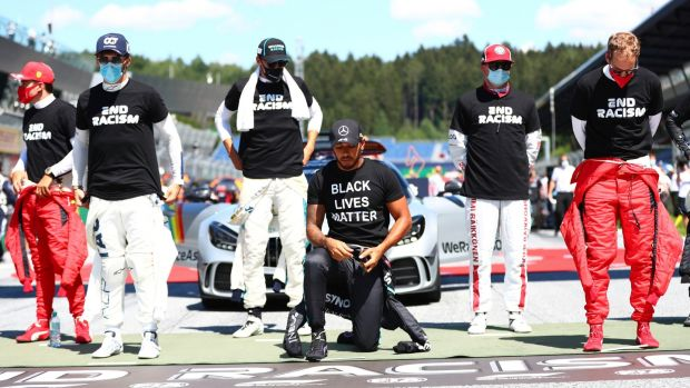 Defending world champion lewis Hamilton takes the knee ahead of the Austrian Grand Prix. Photograph:Dan Istitene/AP