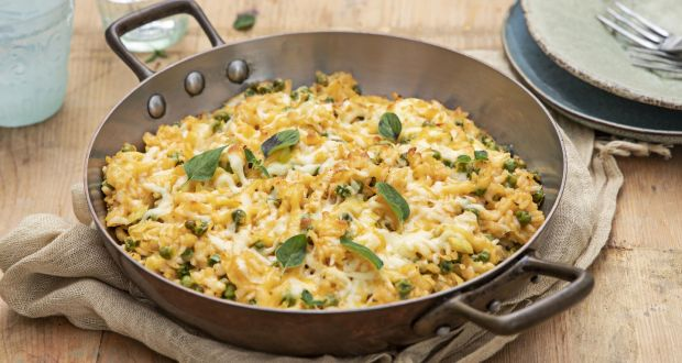 Baked leek, pea and cheddar risotto. Photograph: Harry Weir