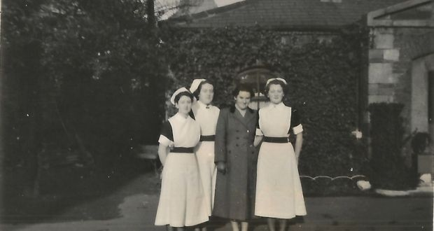 Mary Morrissey (probably being discharged from Newcastle Sanatorium) with nurses