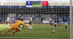 Leicester City's Ayoze Perez  fires home a goal past  Sheffield United goalkeeper   Dean Henderson during the  Premier League game  at the King Power Stadium on July 16, 2020 in Leicester, England. Photograph: David Davies/Pool via Getty Images