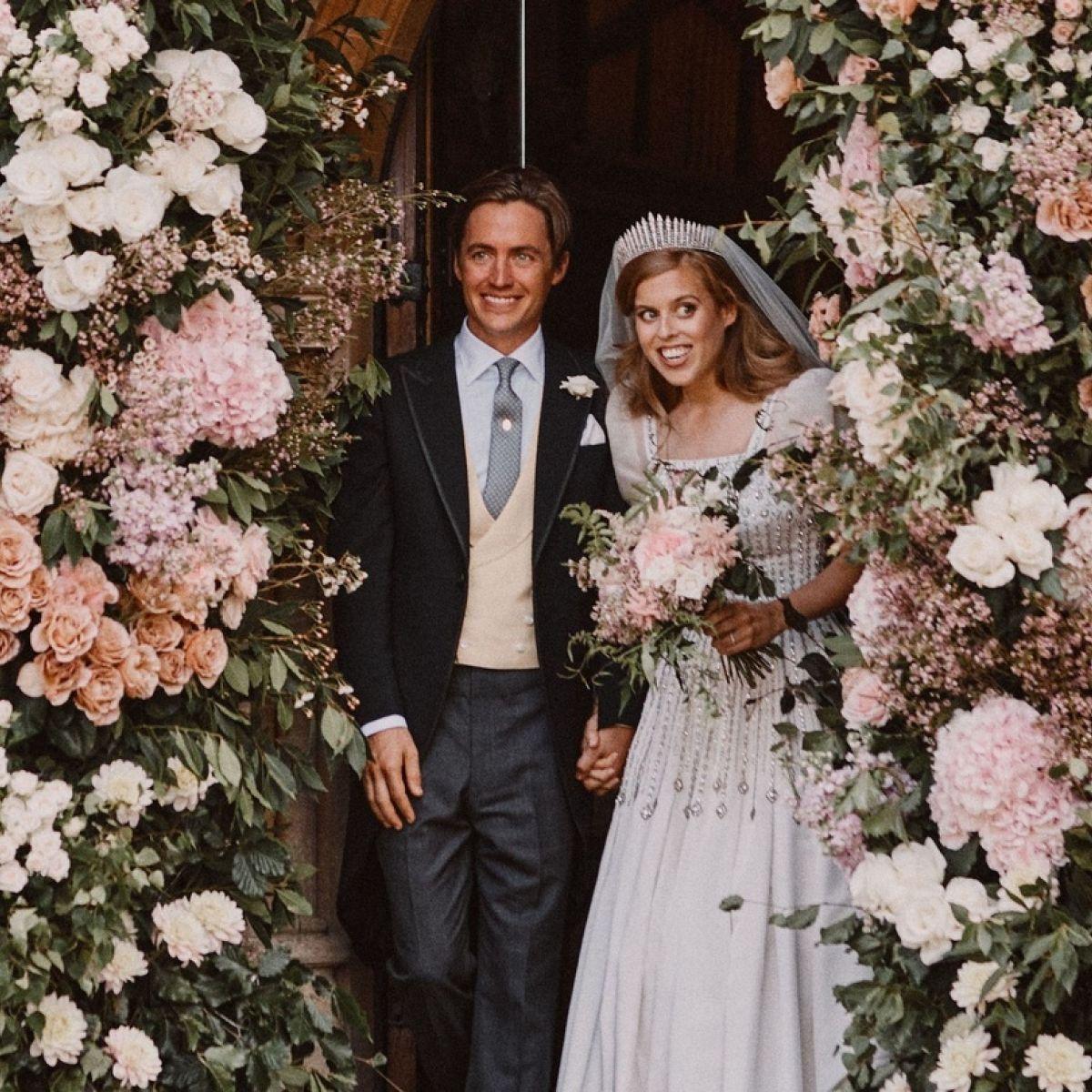 Britain S Princess Beatrice Marries In Dress And Tiara Borrowed