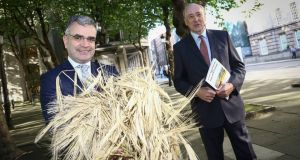 Minister for Agriculture Dara Calleary and Matt Dempsey of Tillage Industry Ireland at the launch of new report on the Irish tillage sector on Tuesday