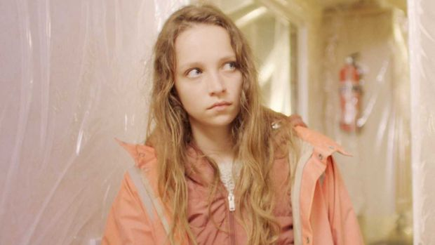 Molly Windsor in Make Up