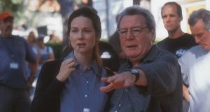 Laura Linney with Alan Parker on the set of The Life Of David Gale in 2002. Photograph: David Appelby/Universal Studios