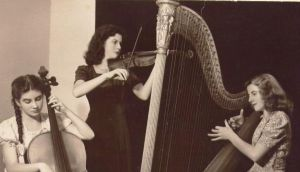Maureen O'Carroll playing with her sisters Cathleen and Patricia. Photograph courtesy of Leora O'Carroll