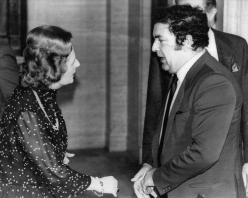 1982. Meeting between the British prime minister Margaret Thatcher and John Hume, Northern Ireland leader of the SDLP.