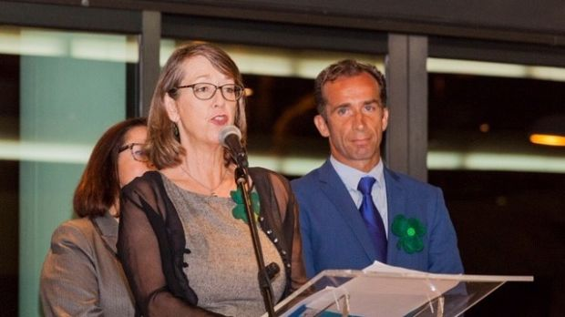 Former RTÉ producer Cliodna O'Flynn with honorary Irish consul Alvaro de la Barcena Argany at a St Patrick's Day dinner in Tenerife