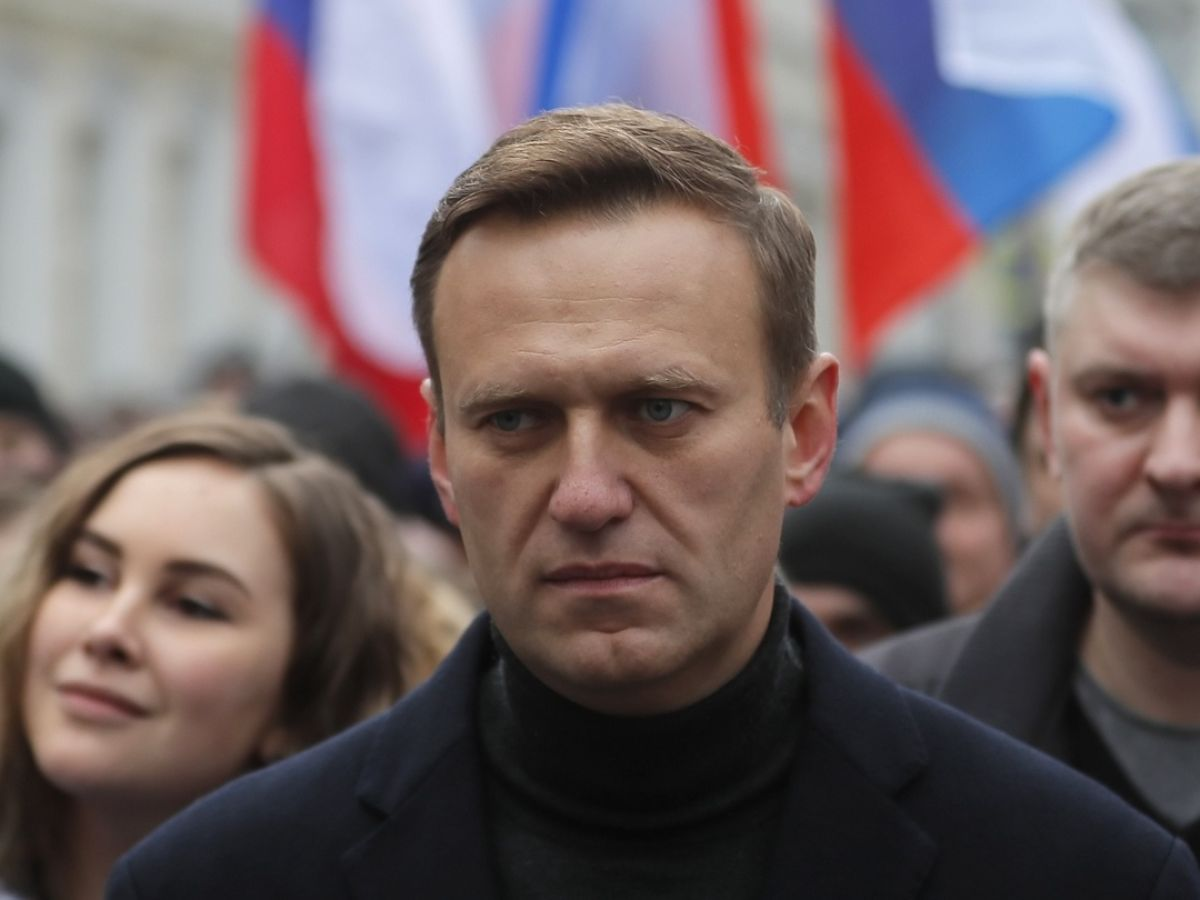 Russian opposition activist Alexei Navalny hospitalised after ...
