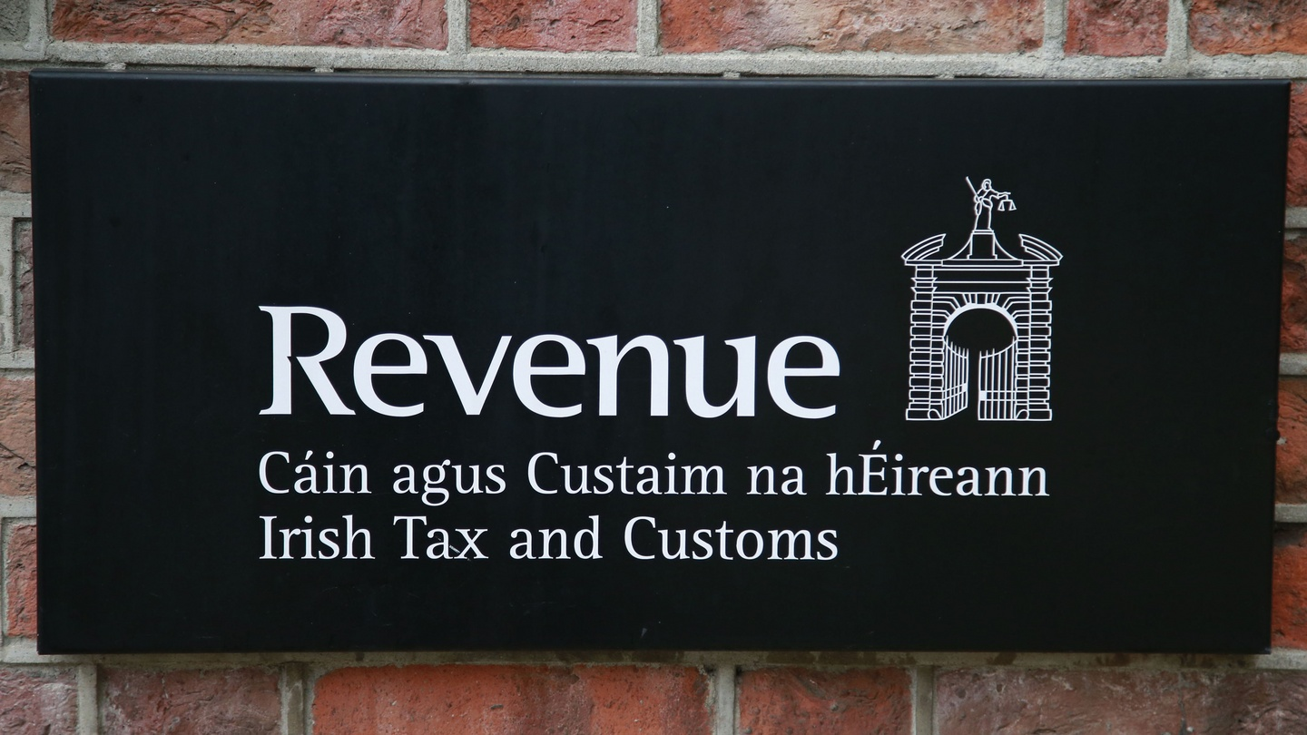 Massive Rise In People Reporting Others For Tax Evasion