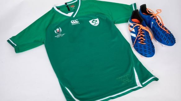 Ireland scrumhalf Conor Murray donated a jersey from the Rugby World Cup in Japan and a signed pair of boots.