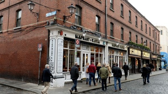Major Dublin restaurant group threatens State with legal action over Covid-19 restrictions on The Irish Times