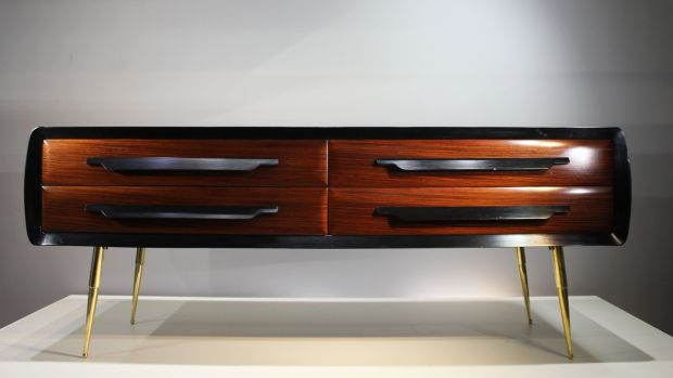 Italian rosewood side cabinet from the 1960s to be auctioned by de Veres, €1,000-€1,500