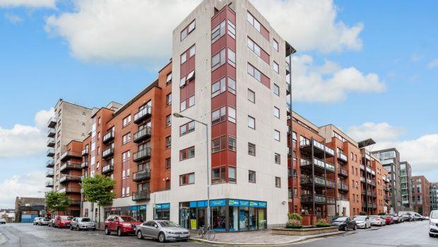 Ez a Dublin 1 apartman két hálószobával rendelkezik.