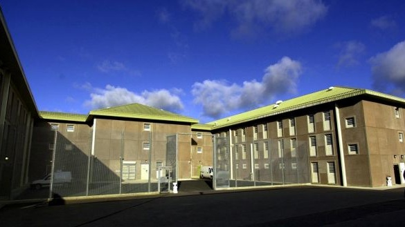Staff and prisoners to be tested at Midlands Prison following Covid-19 outbreak