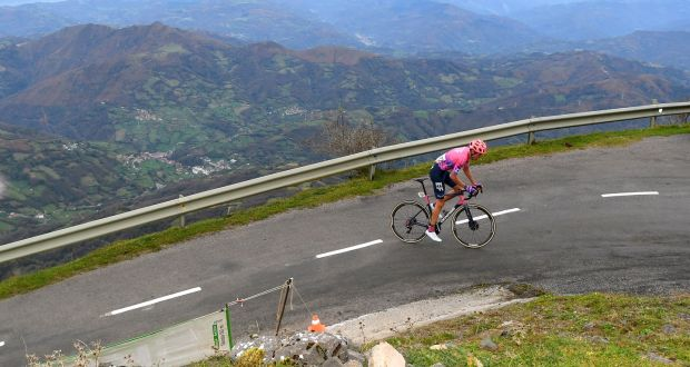 Hugh Carthy on his way to winning Stage 12 of the Vuelta a Espana. Photo: David Ramos/Getty Images