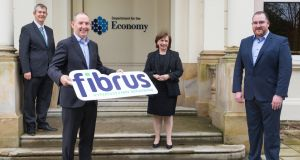 Conal Henry and Dominic Kearns from Fibrus announce the award of the Project Stratum contract with Ministers Edwin Poots and Diane Dodds.
