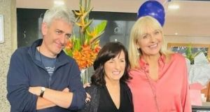Broadcasters David McCullagh and Miriam O'Callaghan with their retiring colleague (centre) at a gathering in Donnybrook.