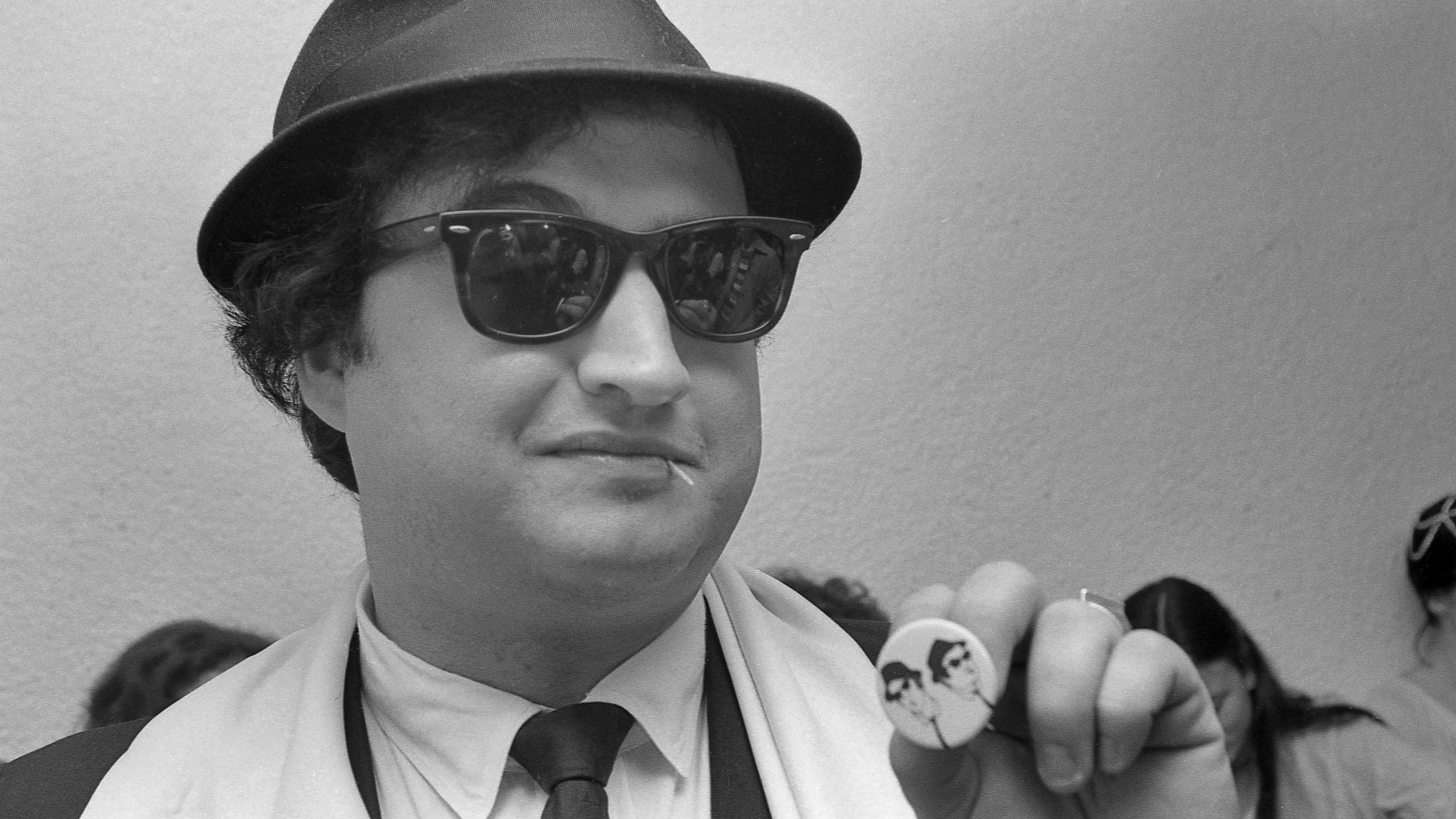 John Belushi It S Hard To Watch Him And Not Smell The Alcohol And Drugs